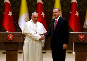 0x0-jerusalem-to-dominate-erdogans-meeting-with-pope-francis-1517574939050